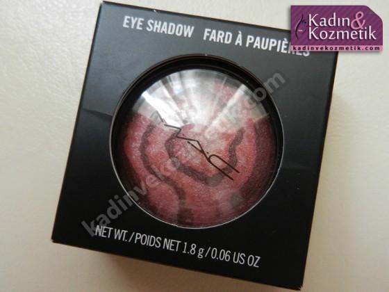 mac mineralize eye shadow neo nebula